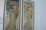 Difference between the color print and lithograph of one of Mucha's works